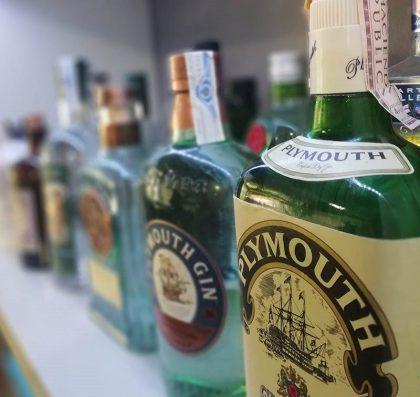 La utilidad de los campeonatos_Botellas de alcohol